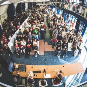 """Conferenza """"I bambini vegani crescono forti e sani"""" al MiVEG, Milano 2015"""